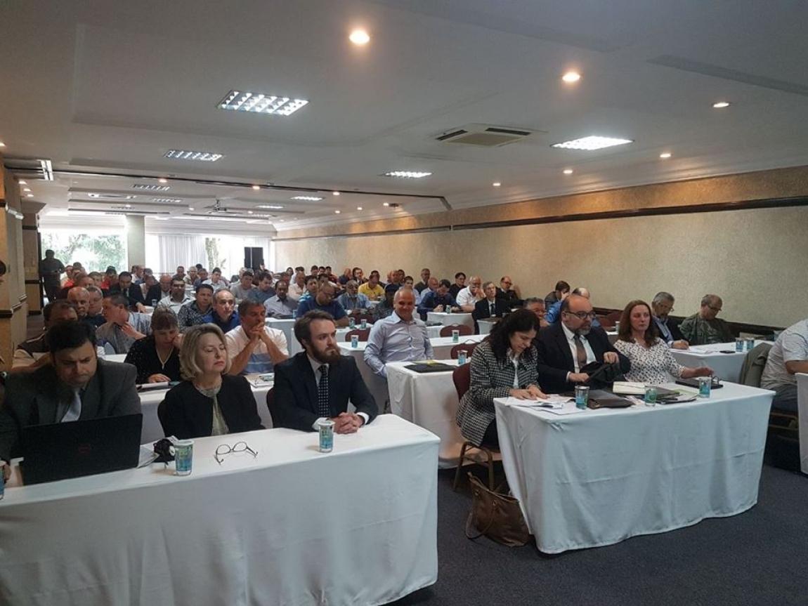 Imagem de Maringá (PR): Condutores participam de Seminário sobre a Reforma Trabalhista