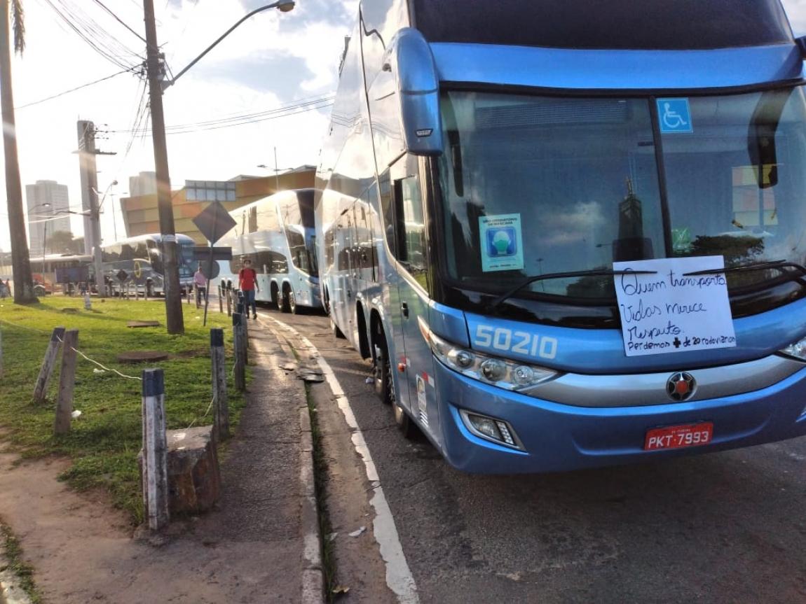 Imagem de Rodoviários Intermunicipais param a rodoviária de Salvador para cobrar vacina contra a Covid-19