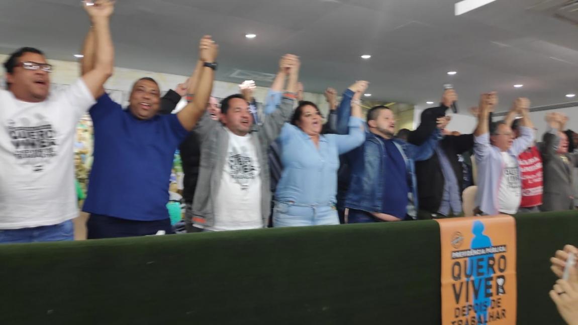 Imagem de Greve geral: motoristas, metroviários e ferroviários de São Paulo vão parar na sexta-feira