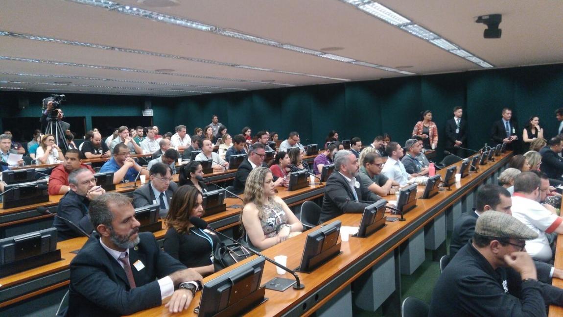 Imagem de Brasília: CNTTL e Sina participam de audiência pública em defesa das empresas públicas brasileiras