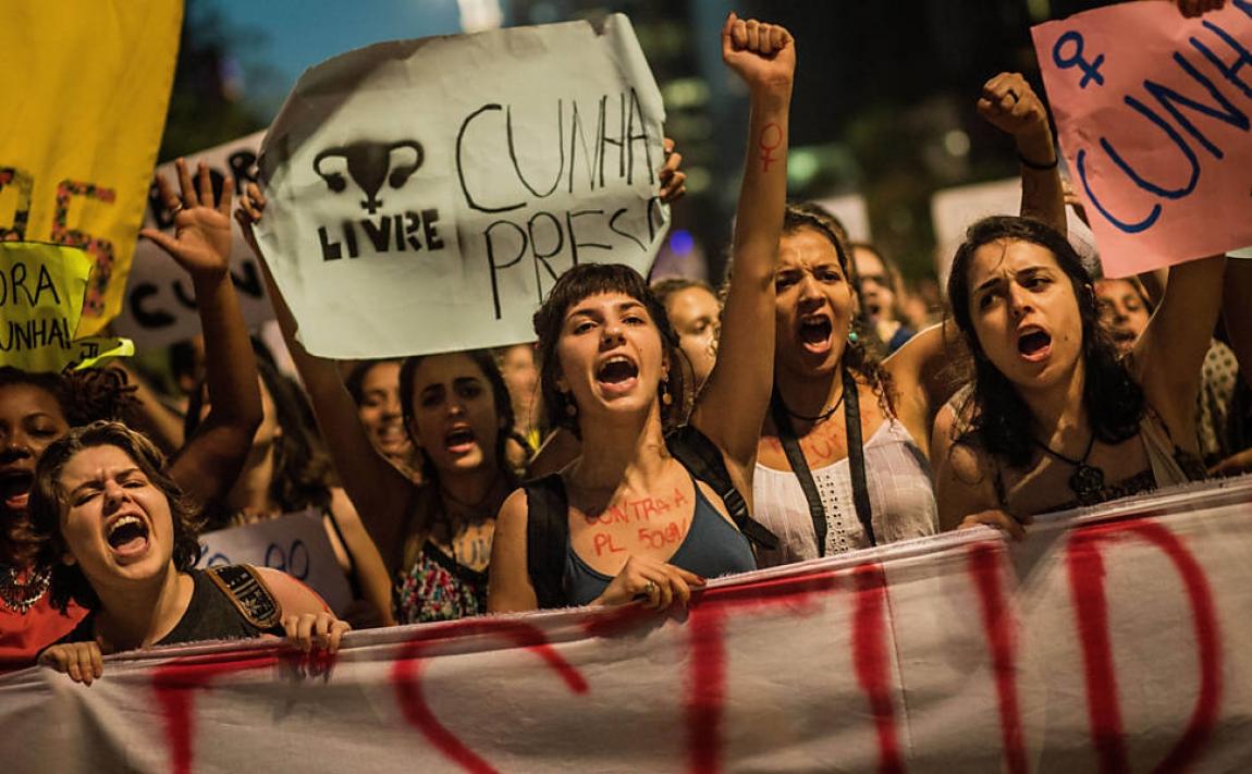 """Imagem de Contra retrocesso, mulheres gritam """"Fora Cunha"""", autor do PL 5069"""