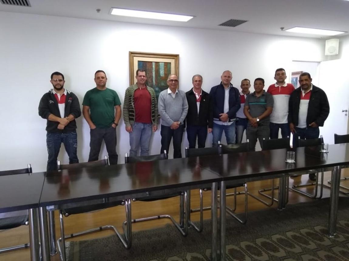 Imagem de Juiz de Fora: Rodoviários se reúnem com prefeito para discutir demandas da categoria e cobram apoio na negociação da Campanha Salarial