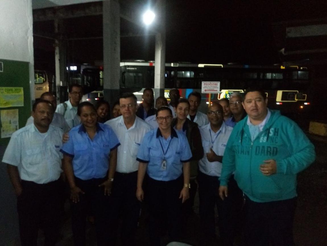 Imagem de Feira de Santana (BA): Rodoviários no transporte intermunicipal manifestam apoio à greve dos caminhoneiros
