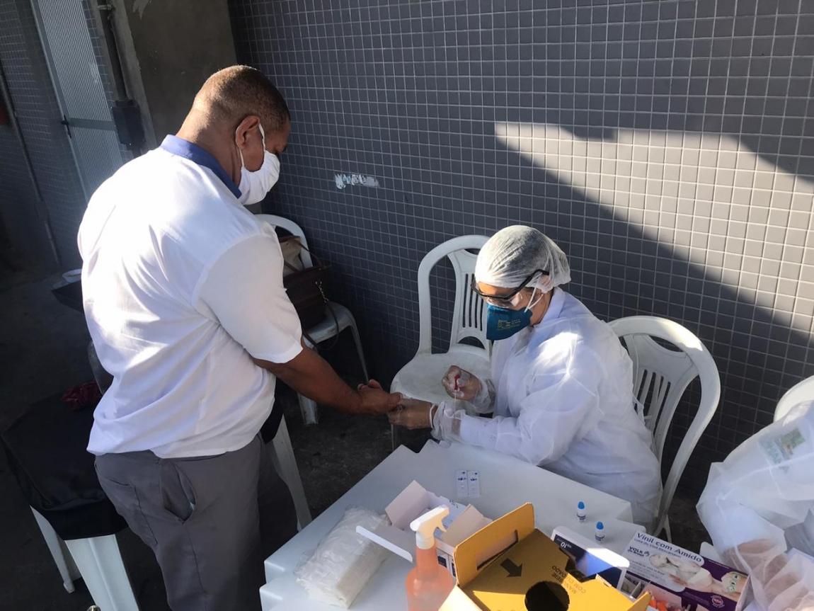 Imagem de Bahia: Rodoviários fazem testes da COVID-19 na estação Mussurunga