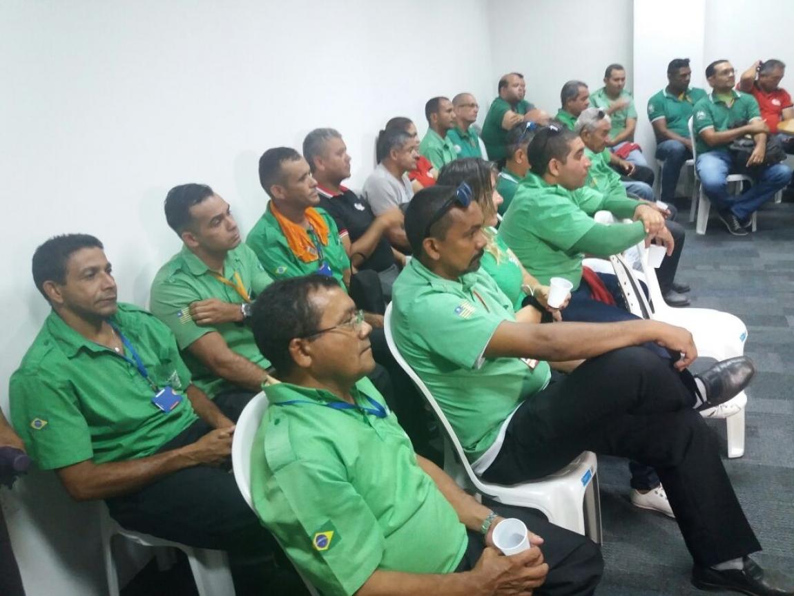 Imagem de Teresina (PI): Rodoviários suspendem paralisação e decidem manter negociação com as empresas