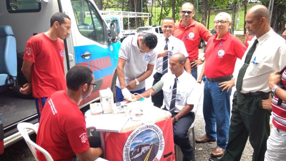Imagem de #DiaAzul: Rodoviários no Transporte Intermunicipal da Bahia participam de ações de conscientização do Sindinter