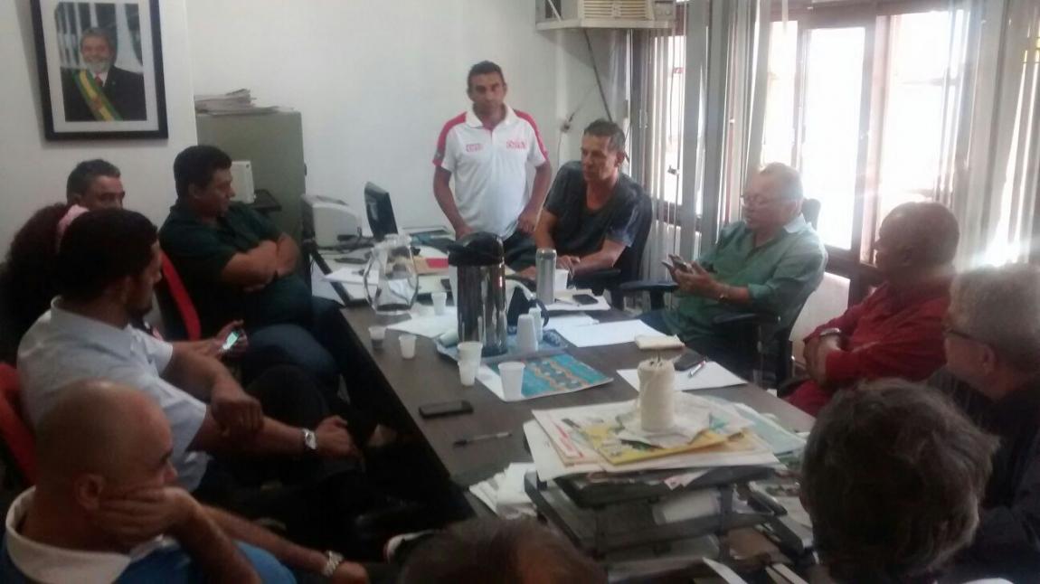 Imagem de Brasília: CNTTL/CUT participa de reunião com rodoviários do DF