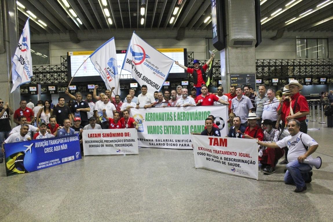 Imagem de Campanha Salarial: Aeronautas e aeroviários começarão negociação com empresas aéreas