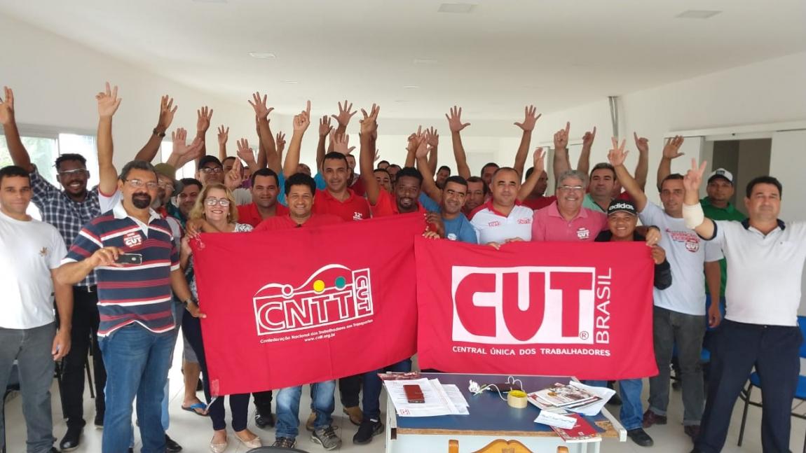 Imagem de CNTTL parabeniza decisão soberana dos rodoviários capixabas que aprovaram filiação à Confederação e à CUT