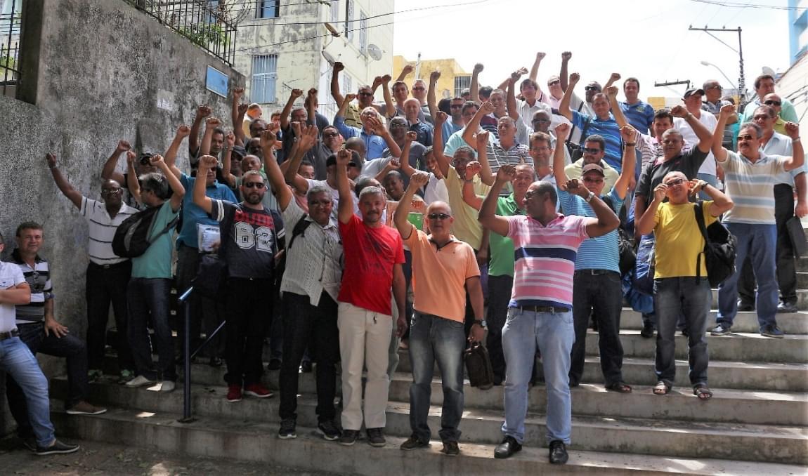 Imagem de Bahia: Luta dos Sindicatos Rodoviários garante reintegração de trabalhadores demitidos na São Luiz e Falcão Real