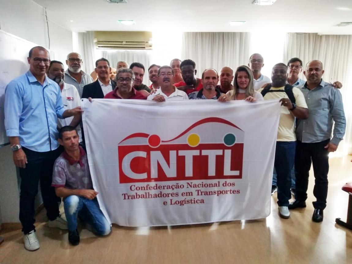 Imagem de Brasília: CNTTL debate lutas dos trabalhadores em transportes em reunião de Diretoria