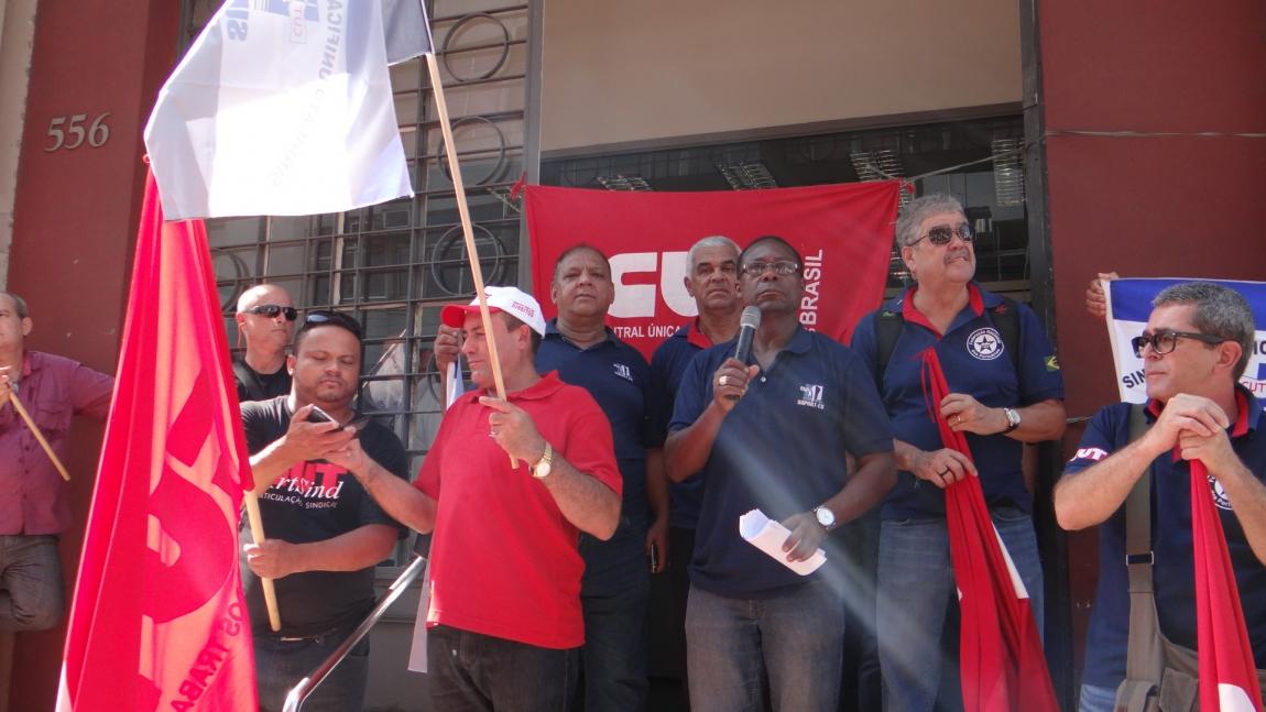Imagem de ES: Portuários fazem primeira manifestação contra expansão de área de empresa privada no porto público