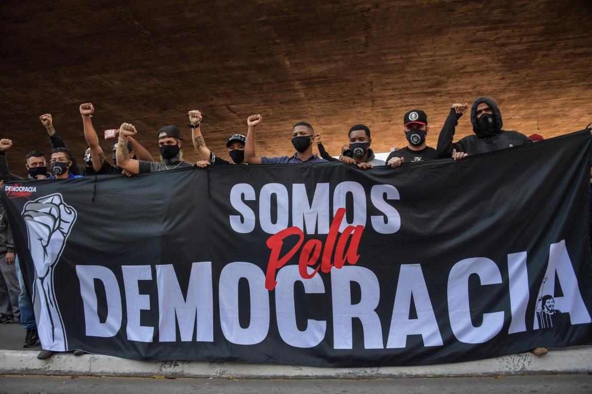 Imagem de Novos protestos afirmam presença popular na luta contra Bolsonaro