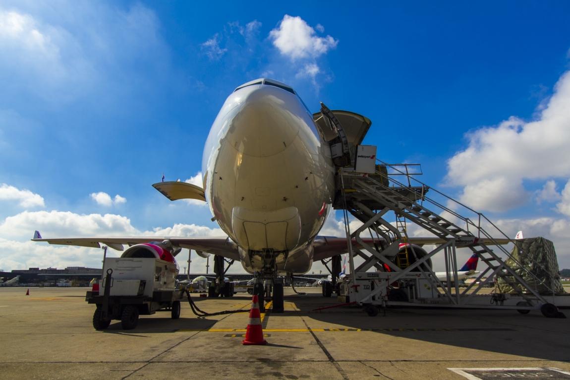 Imagem de Aeronautas pedem que governo libere FGTS a tripulante que aderir a licença não-remunerada