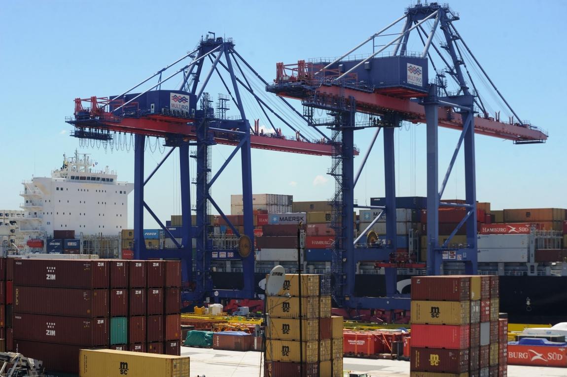 Imagem de Paralisação nacional dos portuários é temporariamente suspensa