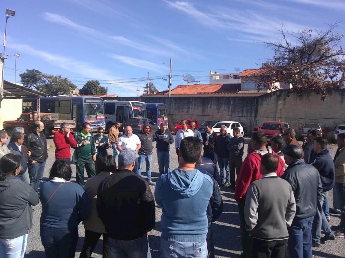 Imagem de Sorocaba: Trabalhadores do transporte urbano na Piracema em Salto de Pirapora e Tatuí continuam em greve