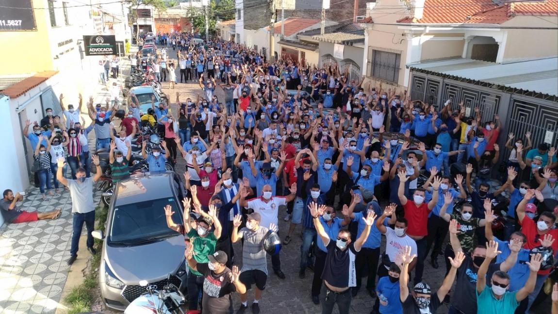 Imagem de Sorocaba: Rodoviários protestam contra demissões irresponsáveis da CONSOR e STU