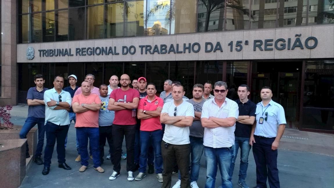 Imagem de Sorocaba: Sem acordo TRT-15ª, trabalhadores na viação São Roque continuam em greve