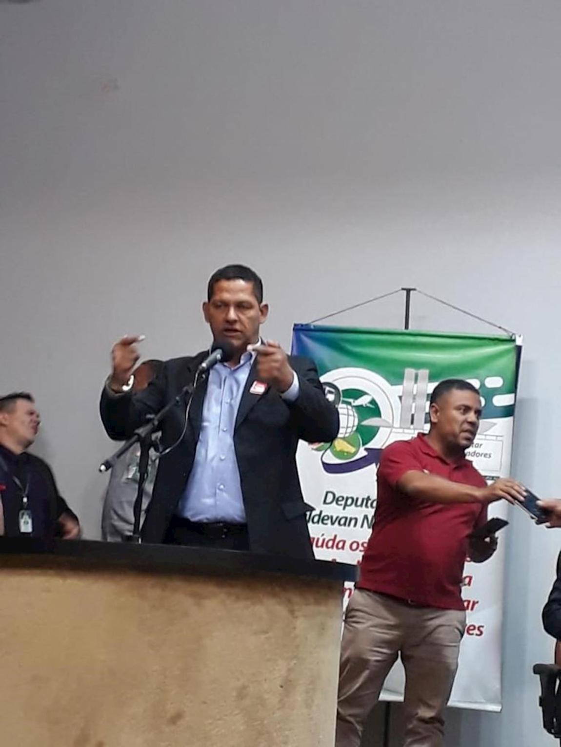 Imagem de Deputados criam Frente Parlamentar Mista em Defesa dos Trabalhadores em Transportes