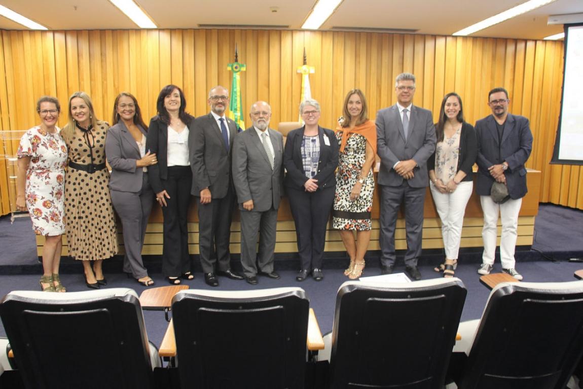 Imagem de SINA apresenta ações de combate à violência contra mulher ao Tribunal Superior do Trabalho