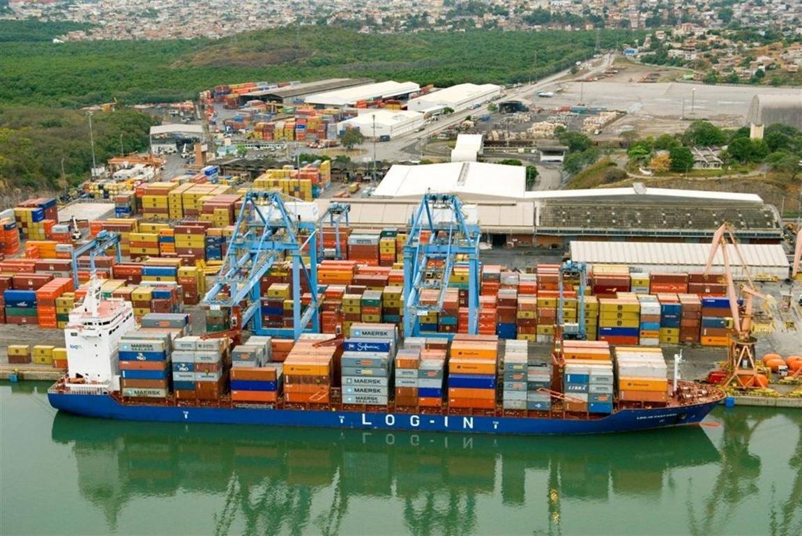 Imagem de Vila Vela: Portuários no TVV fazem manifestação contra turno fixo