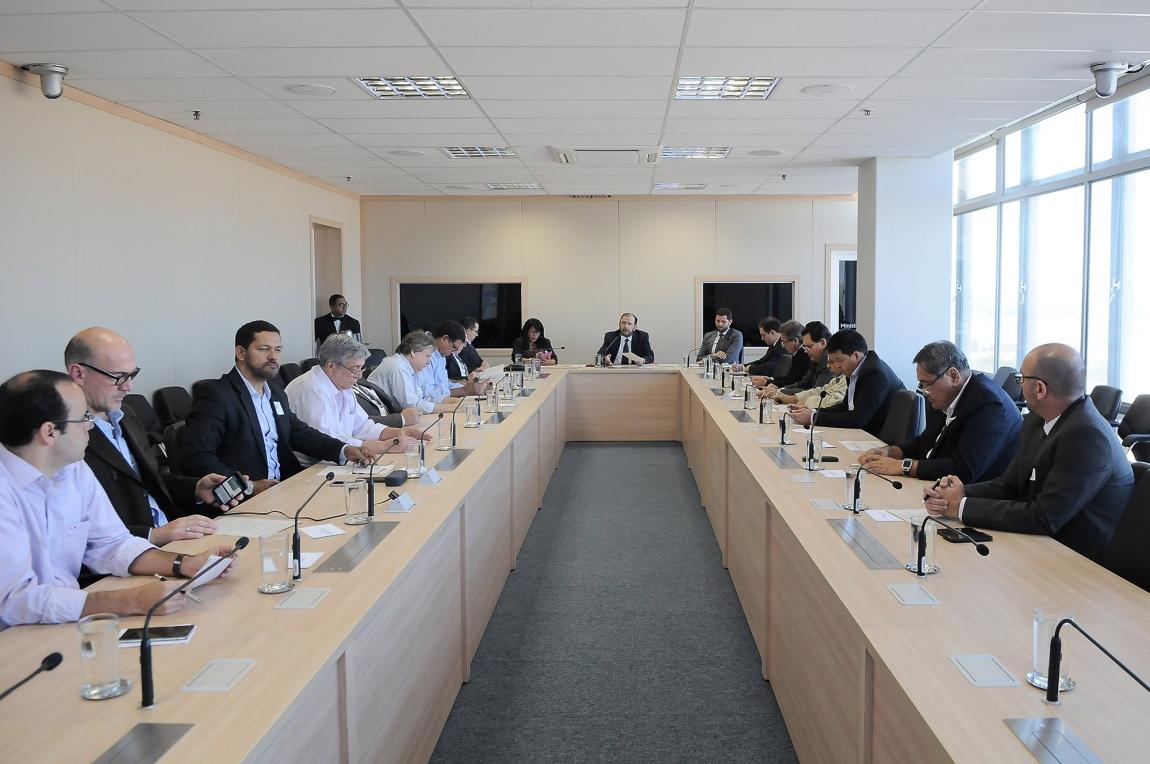 Imagem de Brasília: CNTTL participa de 13ª reunião do setor de cargas secas nesta terça (9)