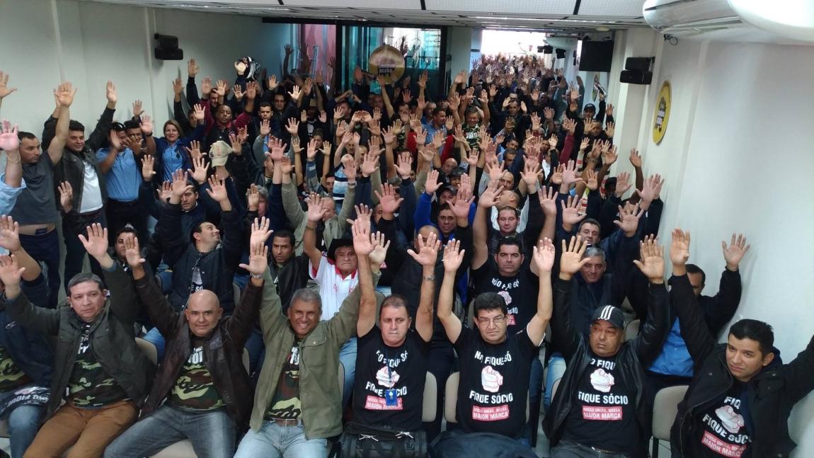Imagem de Sorocaba: Trabalhadores em transporte urbano retomam greve por aumento salarial decente nesta quinta (6)