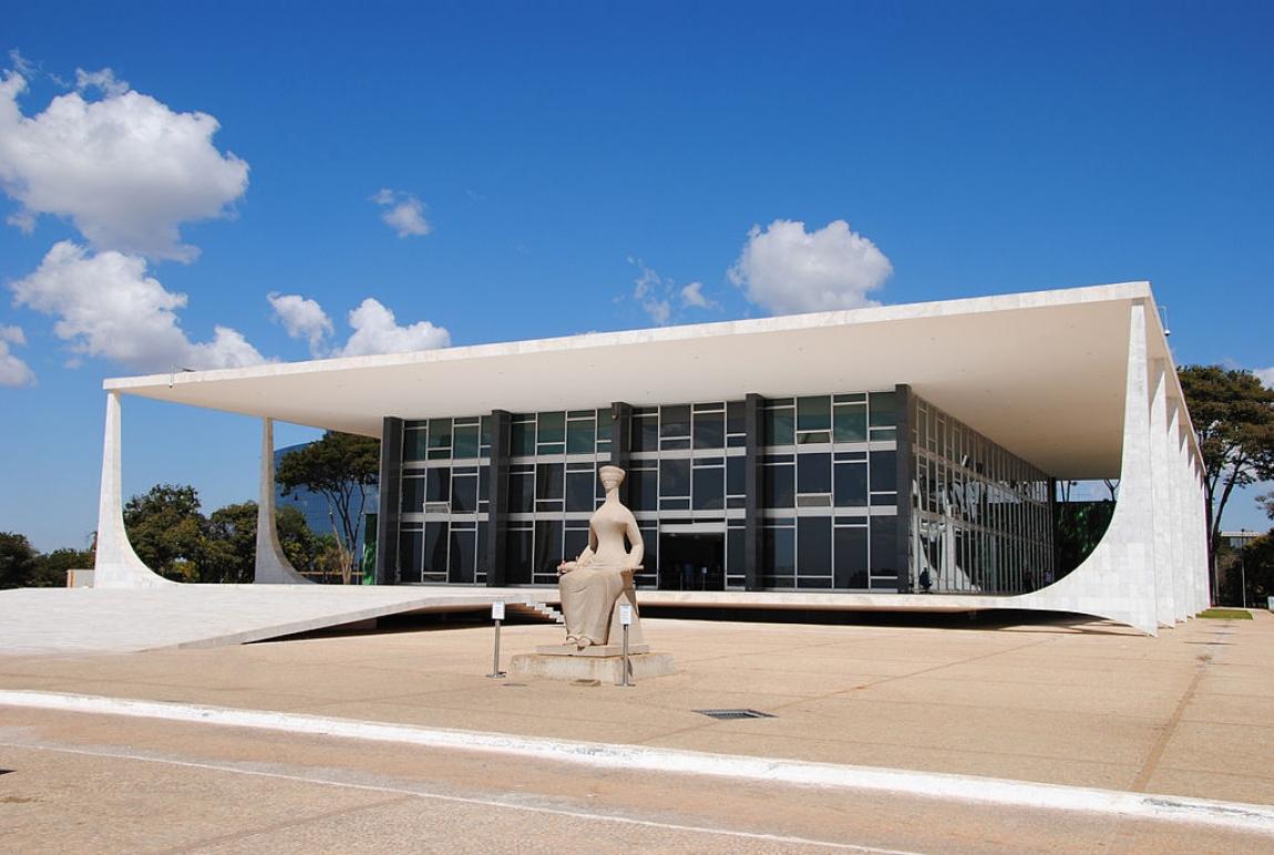 Imagem de Oposição denuncia Bolsonaro por crimes contra a vida e a saúde pública