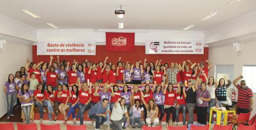 """Imagem de """"As mulheres têm que se organizar, ir pra cima e lutar pelos seus direitos"""", afirma Marrom"""